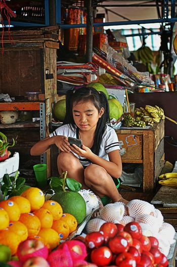 One Woman Only Only Women Fruit Adults Only Adult One Person Food And Drink Women Front View Healthy Eating People Market Freshness Healthy Lifestyle Food Day Retail  One Young Woman Only Outdoors Portrait Vietnamfoodstreet Vietnamfood StreetLife_Award Streetlife Saigonstreet