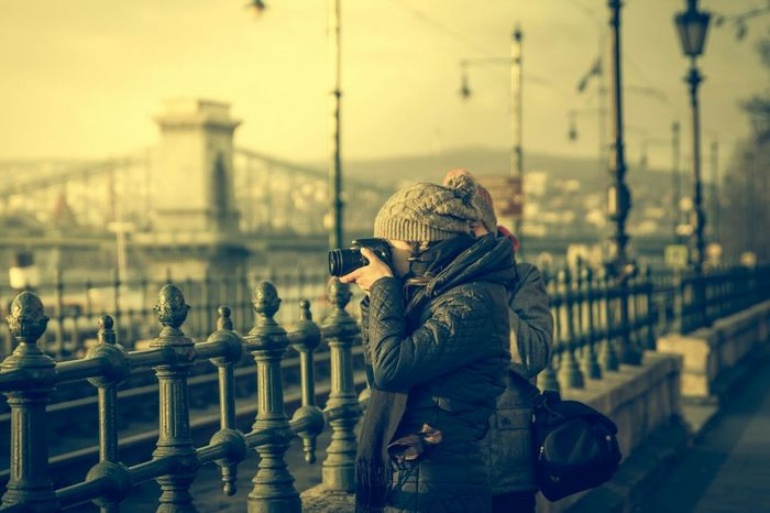 Capture The Moment Streetphotography Photosofturists Winter Budapest Plesure Urban Lifestyle