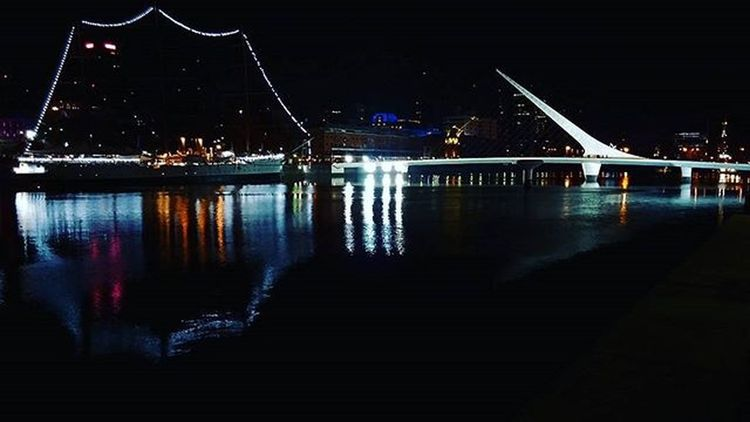 Chau Finde ! Goodbye Wknd ! Findesemana Weekend Wkndisover Weekendisover Puerto Fragata Sailboat Sailing Puentedelamujer Puente Calatrava Bridge Harbour Reflection Water Waterreflection Docks Diques Puertomadero Nightview Nightshot instalike instamoment friends