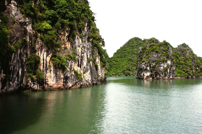 Halong Bay Nature Naturelovers Halongbay The EyeEm Facebook Cover Challenge Water Protecting Where We Play Edge Of The World Landscapes With WhiteWall Mountains Summer Outdoors Traveling Summer Views Vietnam Vacation Beauty In Nature Landscape Summertime Enjoying Life Travel Halong Bay  Halong Bay Vietnam Foreign Fine Art Photography The Great Outdoors - 2016 EyeEm Awards Lost In The Landscape