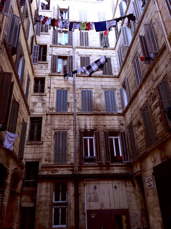 Building Hanging Out The Washing Laundry Le Panier Linen Marseillecartepostale Marseillerebelle Old Buildings Typic Typical Washing