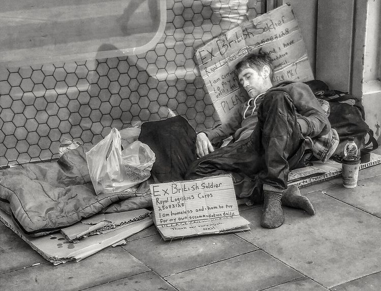My ongoing series the homeless of Manchester and people of Manchester Social Issues One Person Adults Only Depression - Sadness Cardboard EyeEm Masterclass Malephotographerofthemonth Creative Light And Shadow Portrait Photography The World Through My Eyes Bnw_captures Black And White Photography Monochrome Photography Homeless Of Manchester Uk People Of Manchester Homeless People The Photojournalist - 2017 EyeEm Awards The Street Photographer - 2017 EyeEm Awards The Street Photographer - 2017 EyeEm Awards