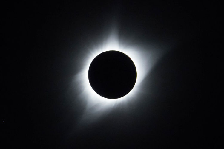 Solar Eclipse 2017 Astronomy Beauty In Nature Eclipse Eclipse 2017 Nature Sky Solar Eclipse Space Sun's Corona
