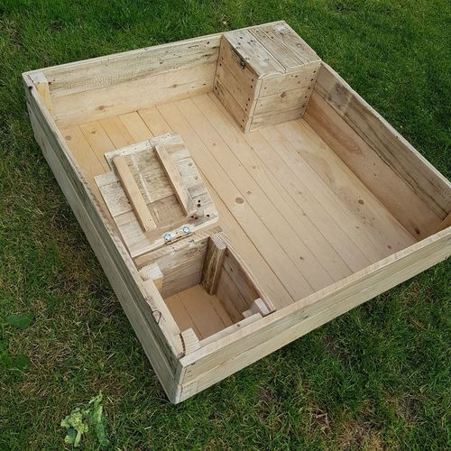 sandpit Sandpit Wood Handmade Recycled Reclaimed By Me Hobby Craft Love What I Do All Woman Was A Pallet Was A Futon Kids Garden Play High Angle View Field Grass Box Construction