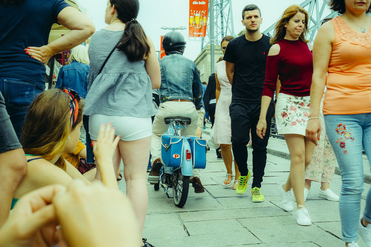 Outdoors Streetphotography Street Group Of People Real People Women Transportation Mode Of Transportation Lifestyles Adult Men People Casual Clothing City Group Leisure Activity Medium Group Of People Rear View Land Vehicle Day Togetherness Standing Hairstyle
