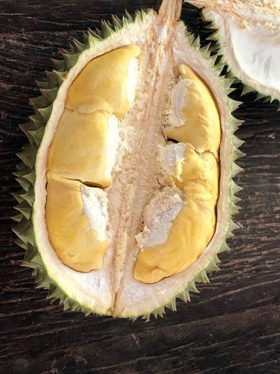 Durian ready to eat on wooden table Food And Drink Food Freshness Indoors  High Angle View Sweet Food Table Baked Preparation  Still Life Close-up Healthy Eating No People Wellbeing Dessert Indulgence Wood - Material Ready-to-eat SLICE Pie