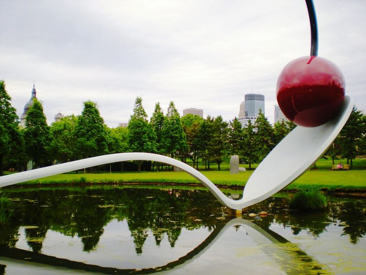 Minneapolis Sculpture Garden Minnesota Water Reflections Cityscapes Cherry On Top Public Art Sculpturepark ILoveMyCity Explore Your City