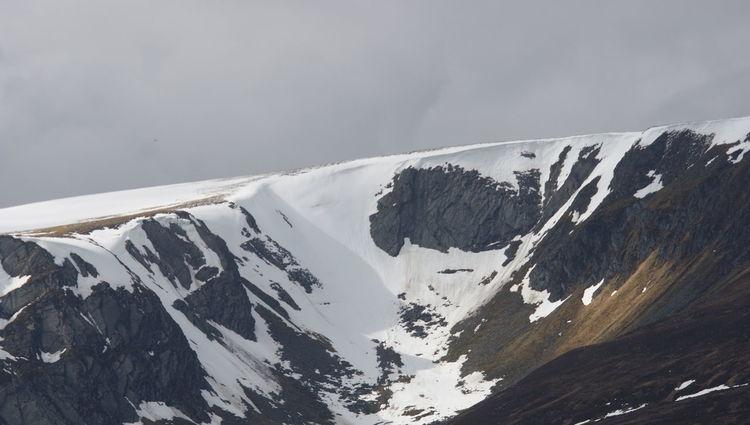 Snow Mountain Cold Temperature Winter Snowcapped Mountain Snowing Outdoor Pursuit Winter Sport Sky Landscape Deep Snow Mountain Range