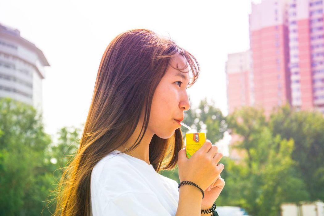 意中人 Beloved EyeEm Selects One Person City Outdoors Lifestyles Young Adult Headshot City Life Women Portrait