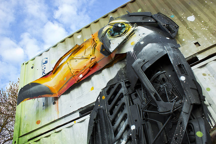 Berlin's Art. Art by BORDALO. FILIPPI GIULIA PHOTOGRAPHY. Angle Architecture Art ArtWork Berlin Building Canon Colors Day Germany Graffiti Light And Shadow No People Objects Outdoors Photographer Photography Sky And Clouds Spray Paint Street Street Art Streetphotography Sun Vibrant Color Wall