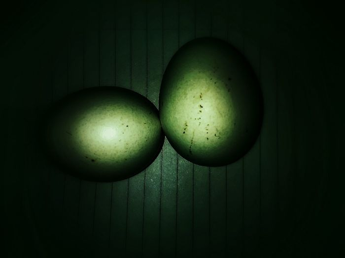 The big bang!! Eggs Abstract Illusion Love Indoor Photography CreativePivotal Ideas Colour Of Life First Eyeem Photo EyeEm Color Palette Eyeemphoto Two Is Better Than One The Magic Mission The Color Of Technology Monochrome Photographywith Lenovo A6000 Minimalist Architecture