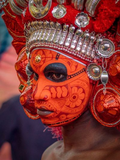 Theyyam of Kannur India Portraiture Portrait Of A Man  Portrait Photography Travelphotography Travel Photography Travelling Photography Travel Theyyams Of Kannur Kerala India Kerala Theyyam Kannur Keralatourism Portrait Of A Man  Art And Craft Close-up Red Creativity Textile Indoors  Design