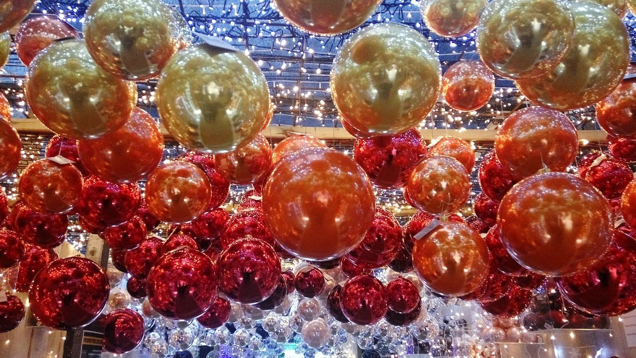 no people, indoors, full frame, close-up, crystal, red, backgrounds, day