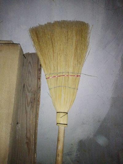 Broomstick Broom No People Close-up Cleaning Equipment No Person Huaweiphotography Eyeem Market Ionita Veronica Veronica Ionita Wolfzuachiv WOLFZUACHiV Photos On Market Huawei Photography WOLFZUACHiV Photography Veronica IONITA Photography Wood Planks