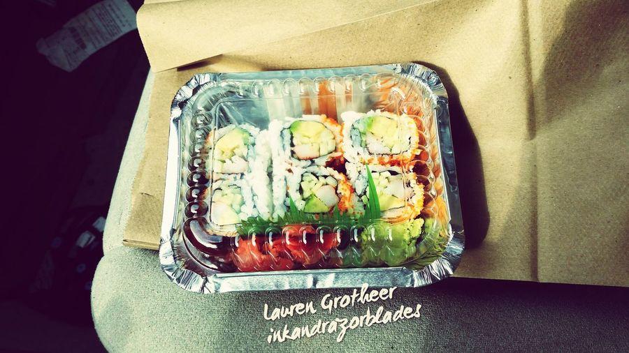Todayslunch California Roll Yummy Japanese Food Sushi Foodporn GetInMyBelly