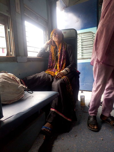 Traveller Urban Lady Train - Vehicle Trainphotography