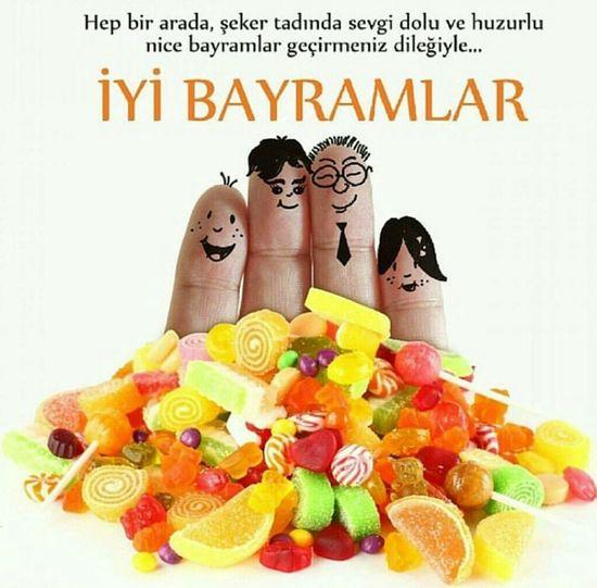 Huzurlu Mutlu  Nice Bayramlar Geçirmeniz Dileğiyle Ramazan Bayramınız Mubarek Olsun
