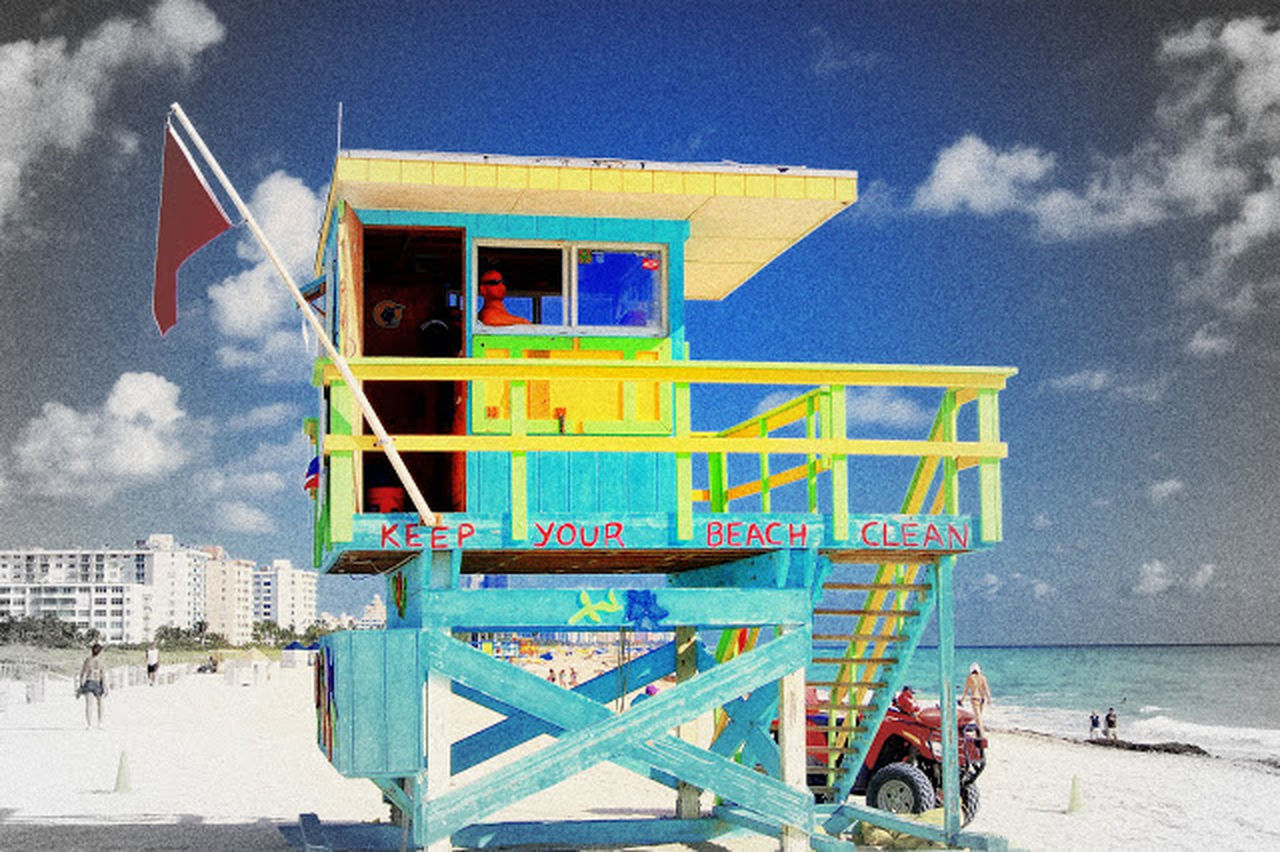 sky, outdoors, beach, day, sand, lifeguard hut, cloud - sky, sea, architecture, built structure, flag, building exterior, lifeguard, nature, no people, beauty in nature