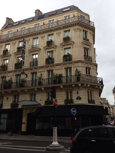 Our 2nd hotel in Paris. J'adore Paris ? Paris