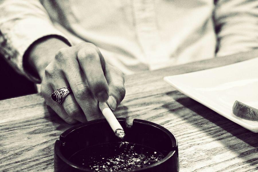 Cigarette  Human Hand Monochrome Japan 煙草 モノクロ