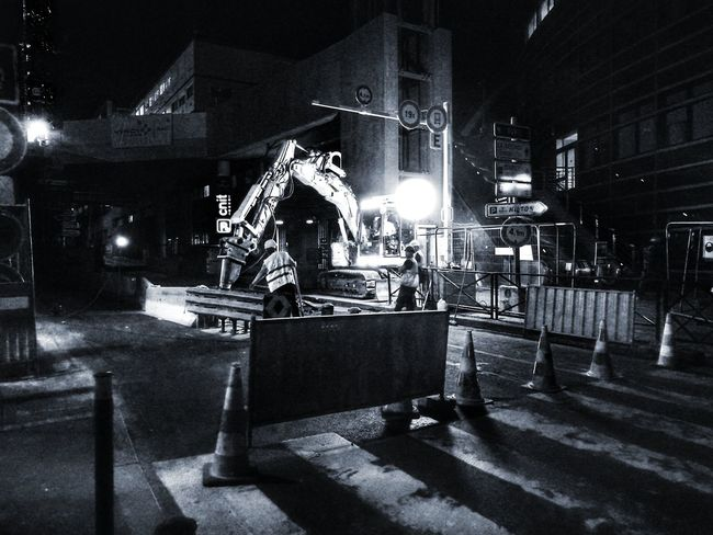 People Night Illuminated B&wphotography B&W Street Photograpghy Black And White Collection  B&W, Monochrome Urban Construction Worker Street Photo Street Photography Night Shot Streetphoto Working -class Construction Site Men At Work  Building Exterior La Défense. France🇫🇷 Huawei P9 Photos HuaweiP9Photography Working Outdoors Illuminated Nightlife The Street Photographer - 2017 EyeEm Awards HUAWEI Photo Award: After Dark