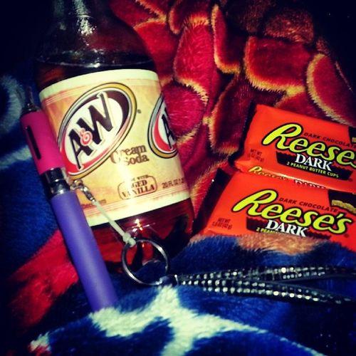 My dream date minus my man ♥ hahaha CreamSoda Vape Chocolate