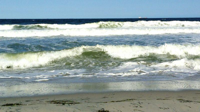 Beach Sunshine Relaxing Enjoying The Sun Sea Color Photography Benchlovers Serene Outdoors On The Beach Enjoying Life