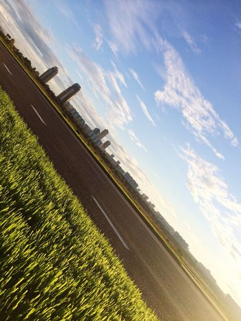 Grass My Sky Moscow Horizon Sky My View Diagonal Diagonal Lines View Backgrounds Moscow Life Pivotal Ideas Cityscapes Cityscape Grassy