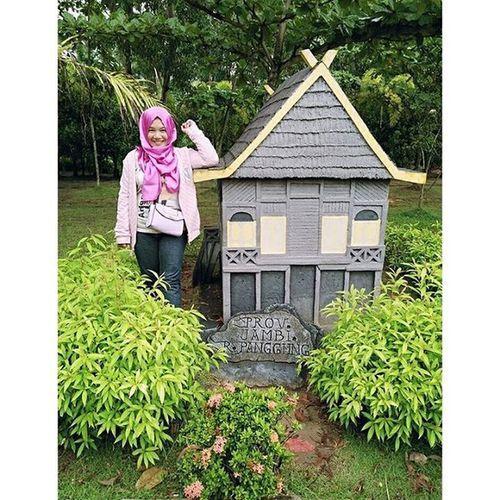 Rumah adat Jambi ❤ Jambi