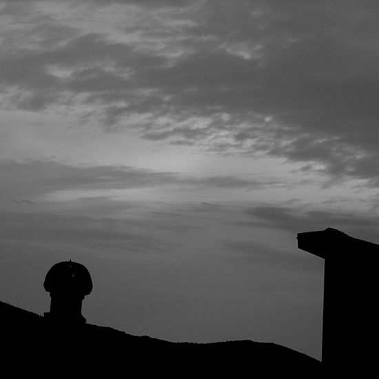 Chimney Eyeem Photography Sunset Taking Photos Nature Sunset Silhouettes Check This Out Eyeemphotography Black And White Eyeem Black And White Sky_collection Blackandwhite Photography Eyeem Sky Black And White Photography Things I Like Eyeem Black And White Photography Eye4photography  Blackandwhitephotography Black And White Sunset Clouds EyeEm Gallery Black And White Sky Skylovers Sky EyeEm Sunset