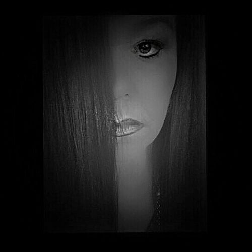 Survivor MeToo #selfie #selfportrait #portraitphotography #selfportrait #selfie #me #portrait #womanportrait #Metoo #me #Survivor #Black&White #blackandwhite One Person Portrait Auto Post Production Filter Indoors  Looking At Camera Real People Human Body Part