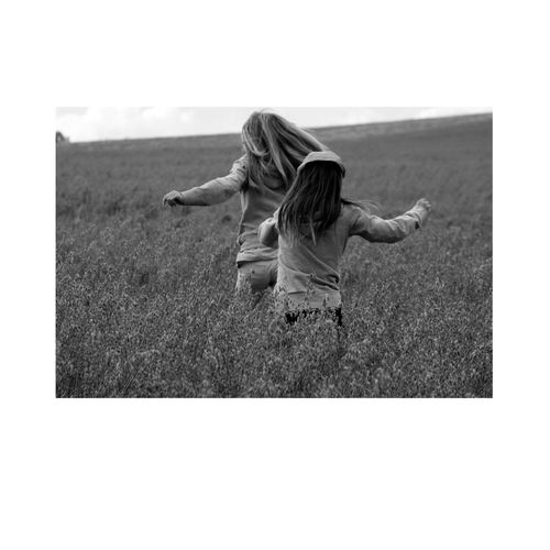 photoshooting in a field ♥