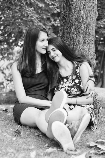 Tree Young Women Long Hair Person Leaning Young Adult Day Outdoors Nature Love