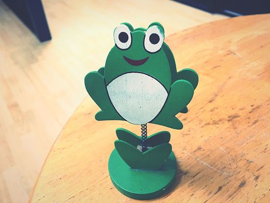 Kero Clipper Clip Paper Clips Documentary Officelife Office Frog