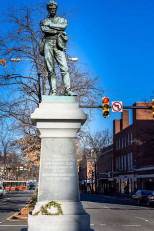 400 Alexandria Appomattox Arlington  Showcase: January Civil Confederate Old Rebel Route Sculpture Seriously Shame Soldiers South Statue Town Union Unnecessary Useless Veteran Virginia War Washington Washington, D. C.