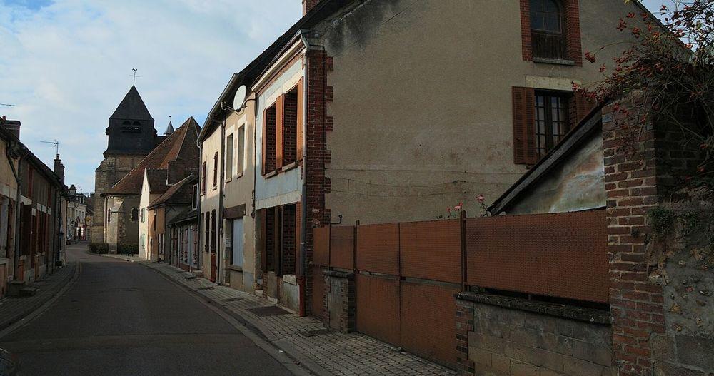 Bleneau Puisaye Coeurdepuisaye Commune Architecturerurale Eglise Yonne Yonnetourisme Igersyonne Igersbourgogne Grainedenature