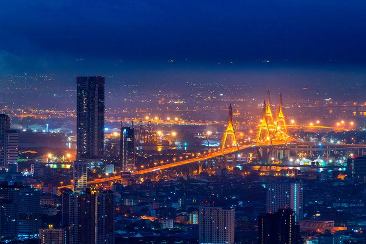 View of bangkok with heavy fog. beautiful bhumibol bridge and river landscapes. bangkok thailand.