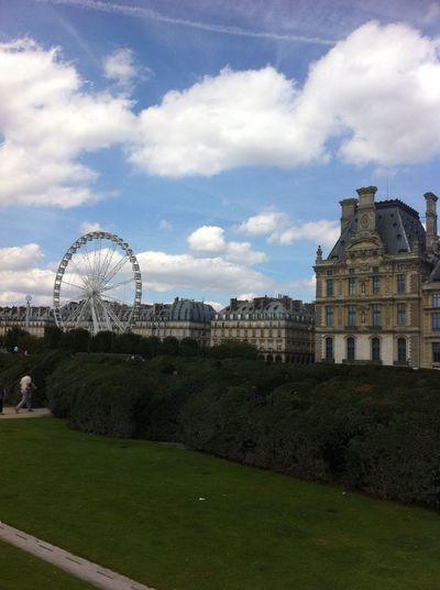 Ferris wheel on
