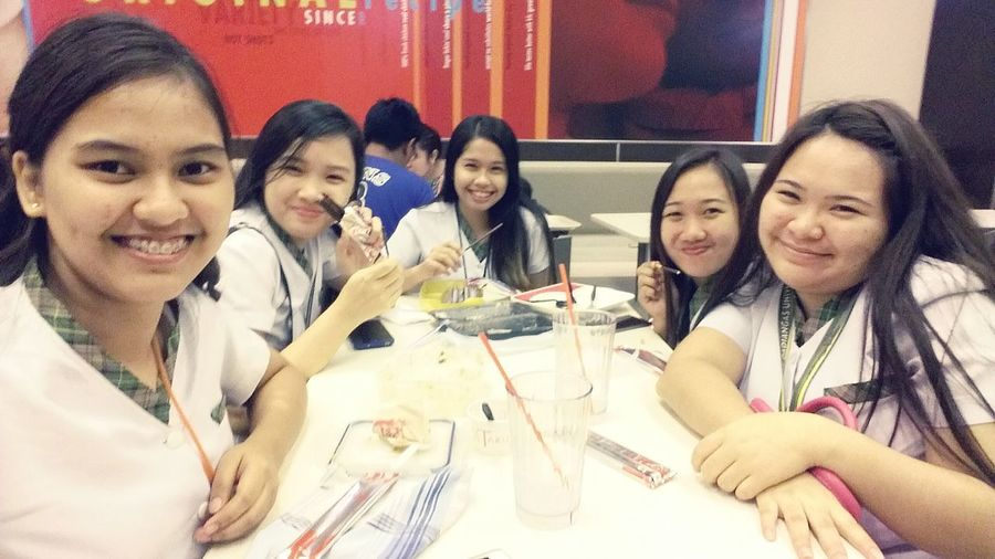 With Faisah fresh from Japan! XD☺😊😀😁😃😄😘😍 NoClass Hungry Relaxing With The Piggies