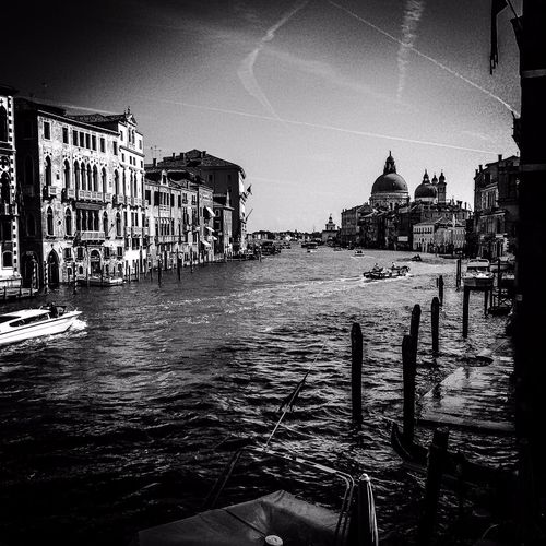 Capturing Freedom Italia Venice Blackandwhite Picoftheday Cityscapes