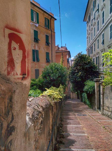 Walking Around Streetphotography Street Art/Graffiti EyeEm Best Shots