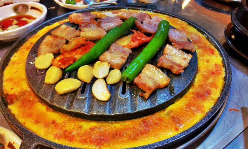 너무 맛있엉 ㅋㅋㅋㅋㅋㅋㅋㅋㅋㅋ Getting My Grill On Late Dinner With The Wongsters Korean Food Night Korean Restaurant