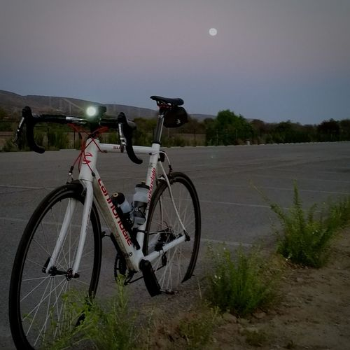 Pedaling the moon up. Moonrise EyeEmBestPics Southern California Bike California My Bicycle Eye4photography  Bicyclelife Night Bike Bicycle Adventures Pictureoftheday Showcase: December Cannondale Bicycle Parking Sundown San Clemente Sunset Samsung Galaxy S5 Light Up Your Life Light Full Moon Moon Shots The Moon Moon_collection Roadbike