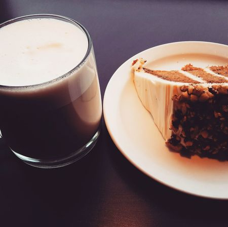 Good moment Eat Yummy♡ CarotCake Tea Chai Latte Spices Drink Eat So Good Morgan Coffee Hmmmm