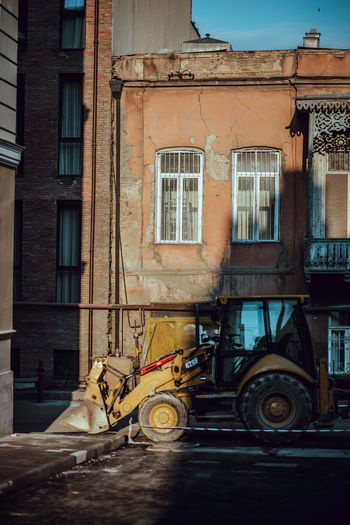 Camera - Nikon D610 -Lens - 85.0 mm f/1.4 Blog : https://www.instagram.com/david_sarkisov_photography/ Building Exterior Built Structure Architecture City Window Building Transportation Mode Of Transportation Day Street Residential District No People Land Vehicle Old Outdoors Abandoned Motor Vehicle Car Nature Run-down Apartment Wheel My Best Photo 17.62° Streetwise Photography