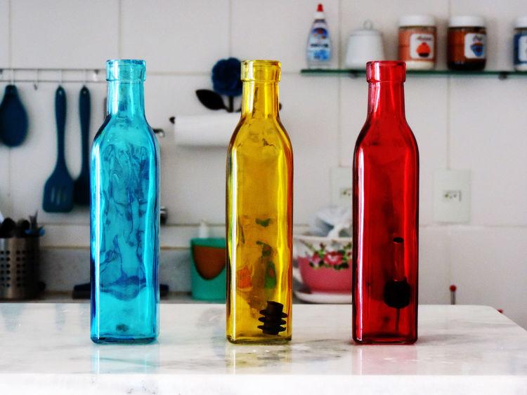 Bottle Close-up Color Cozinha Day Garrafas Indoors  Multi Colored No People