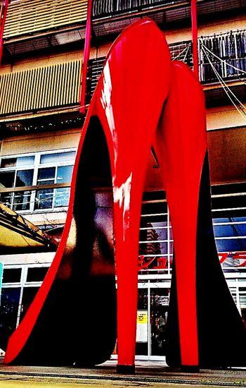 赤い靴 Redshoes Bigshoes Kobe Shoes ♥ Taking Photos Street Photography Shoesoftheday Taking Photo