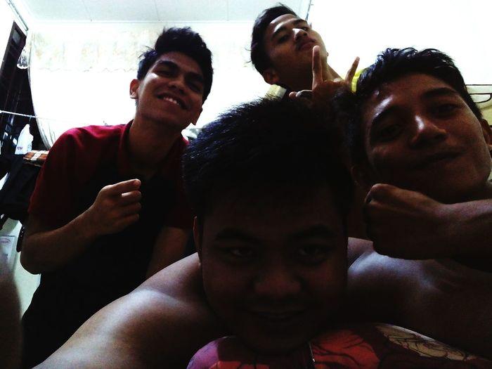 friendship become a bond Myfamily Iship Nevermore Bestthingsineverhad EyeEm Malaysia Johordarultakzim Myplanet