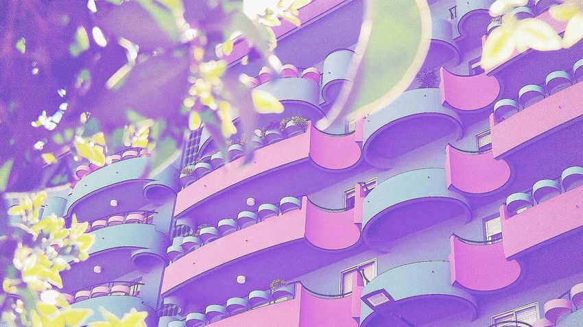 Los setenta en Valladolid🇪🇸 Multi Colored Pastel Colored Close-up Outdoors Textured  Eyeem Photography Eyeemphoto Eyem Gallery Architecture Art Is Everywhere Springtime Day Pattern Textured  Building Exterior Sunlight The Architect - 2017 EyeEm Awards