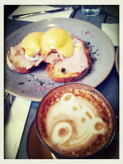 Also have a egg benedict!!What a lovely morning^^